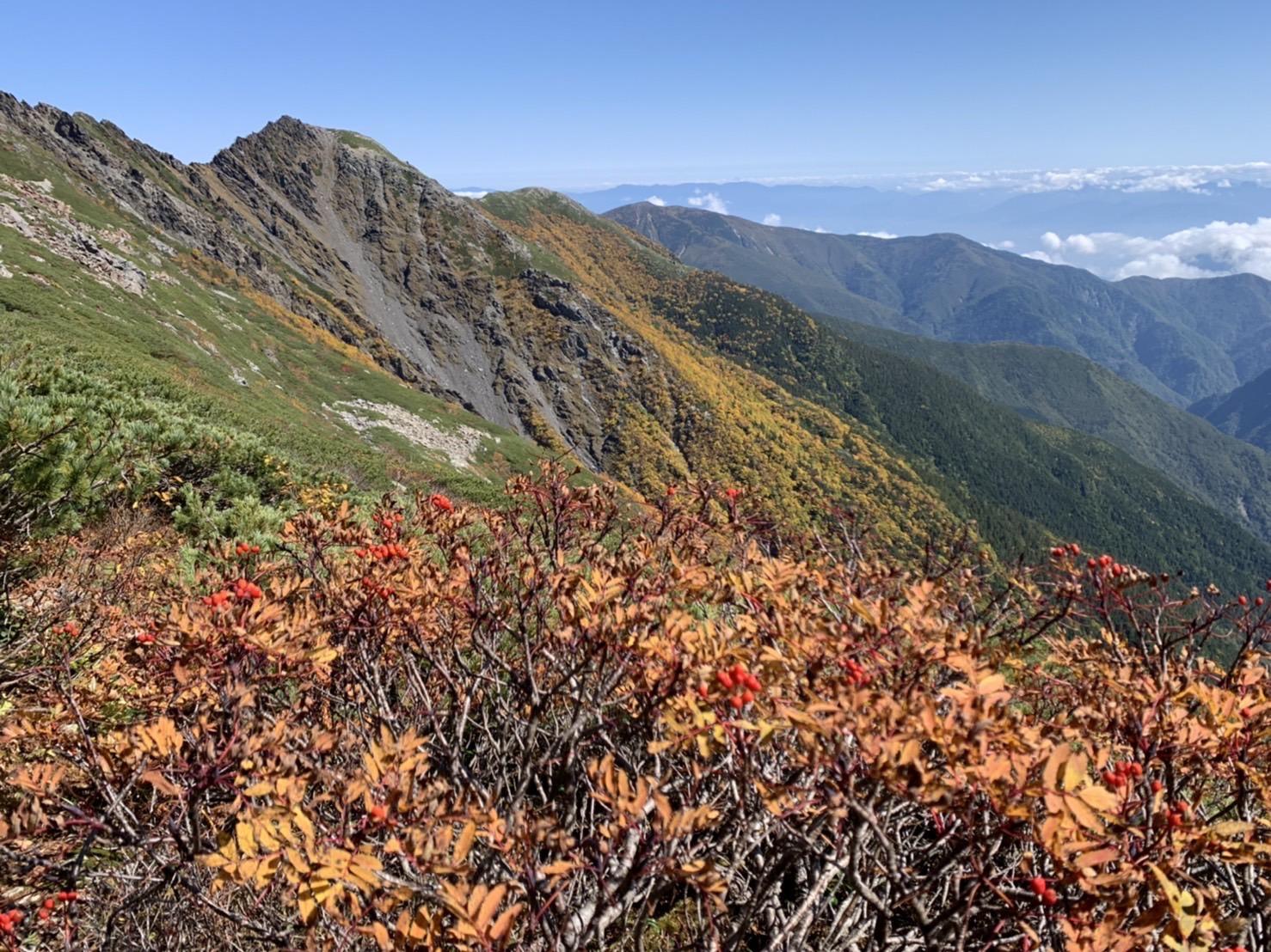 【北岳山荘からの眺望・3】
